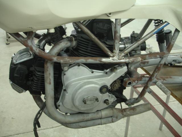 Cagiva/Ducati 350 para circuito - Página 2 24edhk6