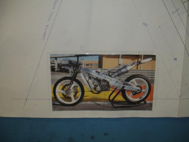 Fabricación de Derbi GP y JJ Cobas 125 - Página 3 2dwf05z