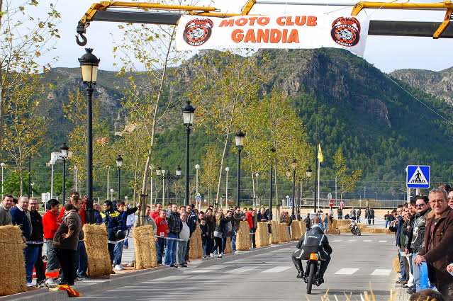 Exhibición de motos clásicas de competición en Beniopa (Valencia) - Página 2 2e3x1cp