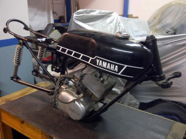 Proyecto racing: Yamaha RD-50 2envmzq