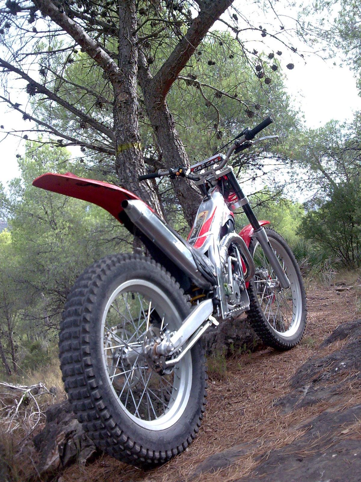Tu moto moderna o de uso habitual - Página 11 2gybya9