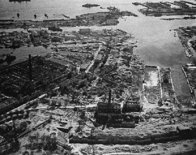 Blockhaus dans le Port de Toulon (83) - Page 3 2i73482