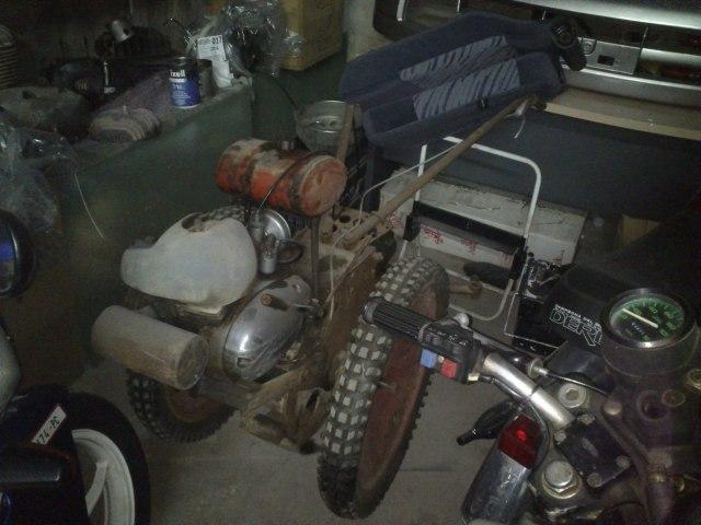 Los motocarros Derbi 2m2w74l