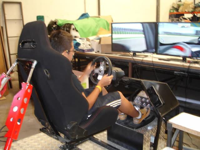 Simulador coches de carrera Made in Valencia 2mhwiv8