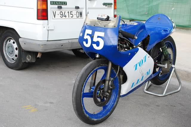 Exhibición de motos clásicas de competición en Beniopa (Valencia) 2uic3v5