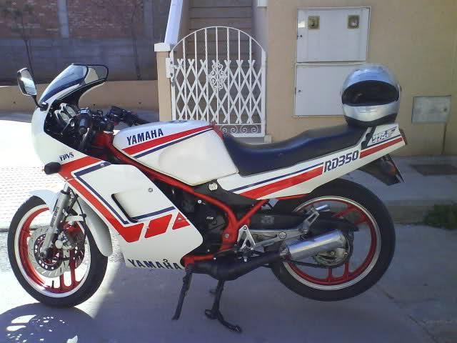 Yamaha RD350: la viuda negra 2upxmo4