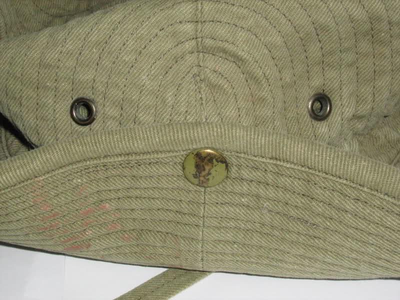 Le chapeau de broussse français 2wftjjl