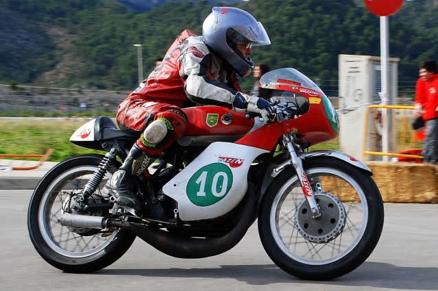 Exhibición de motos clásicas de competición en Beniopa (Valencia) - Página 2 2z9dv14