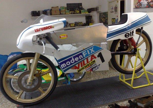 Amoticos de 50 cc GP 2z9ksxc