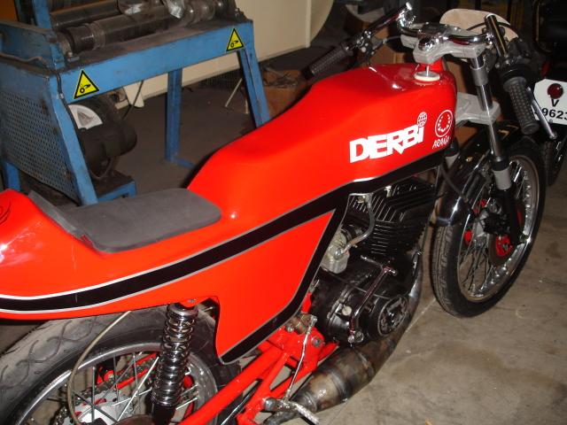 1001 - Derbi 2002 y 1001 para circuito. Dcan85