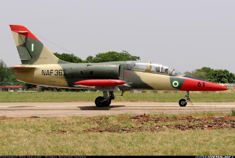 Armée Nigériane / Nigerian Armed Forces Eq4hfn