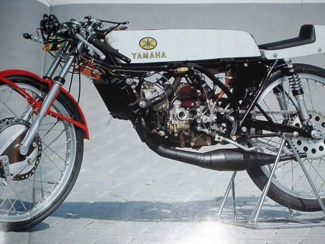 Amoticos de 50 cc GP Ff7rrl