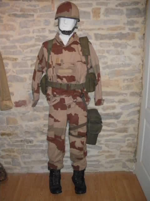Les tenues et équipements de l'Armée Française - Page 2 I76jiv