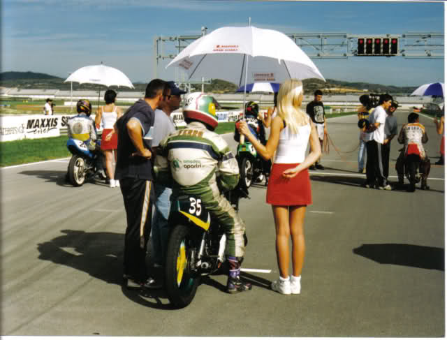 Aquellas amoticos de carreras - Página 2 N4e8hk