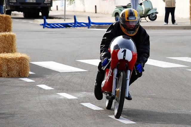 Exhibición de motos clásicas de competición en Beniopa (Valencia) - Página 2 V741gh