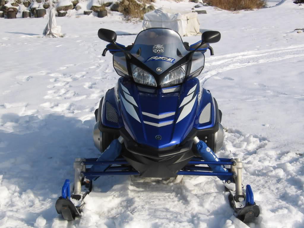 Marque de peinture bleu Yamaha pour accessoires... Zu598w
