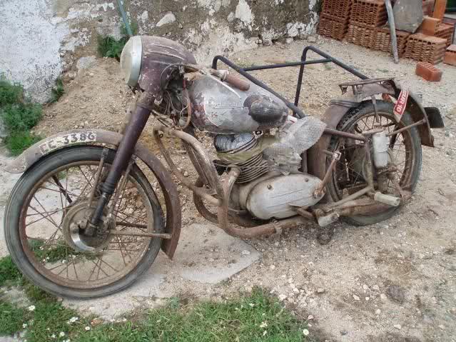 Algunas de mis motos (Bravo) 142vfhh