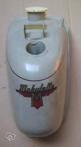 La Mobylette AV 44,por CIC. 14oc009