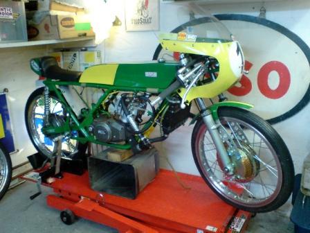 Amoticos de 50 cc GP 1ilvh5