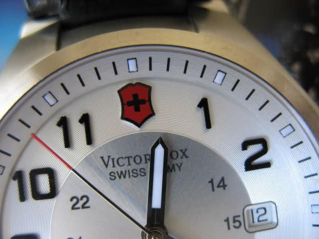 Victorinox - Victorinox : Une petite histoire de la marque 21dpxqb