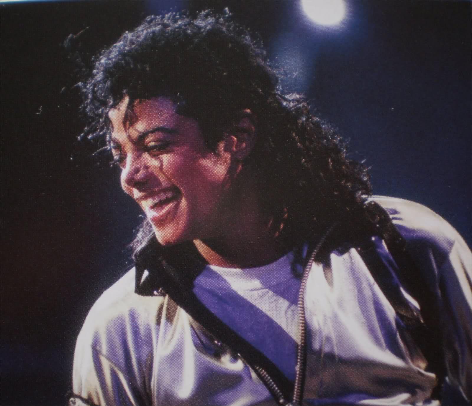 Il sorriso di Michael - Pagina 17 296m6iw