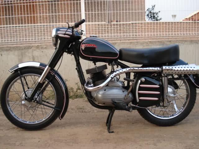 Modelos Derbi de los años '50 2dhgu50