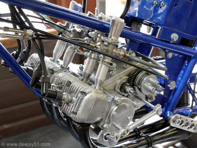 Amoticos de 50 cc GP 2lc5gn6