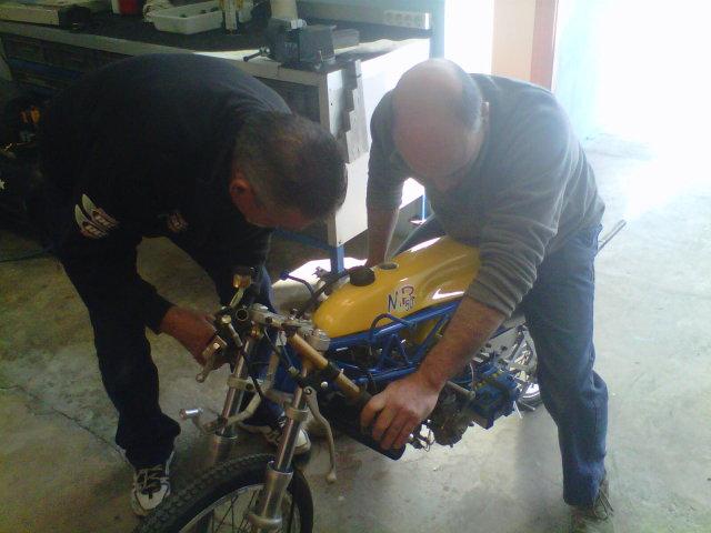 Mis maquetas de la Bultaco TSS 50 MK2 - Página 3 5kg4ma