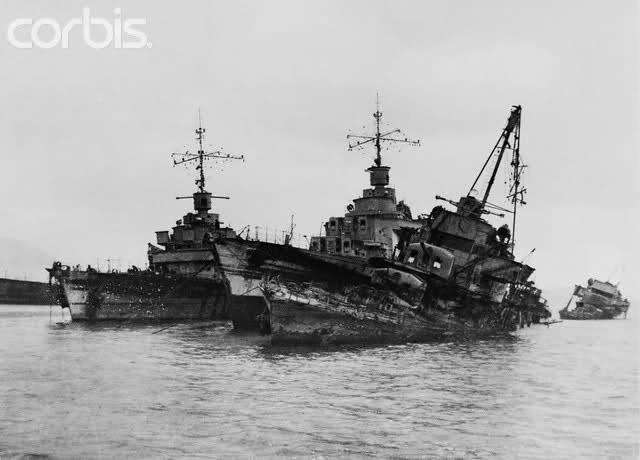 Le sabordage de la Flotte à Toulon (83) 27/11/1942 - Page 9 Amy2r5
