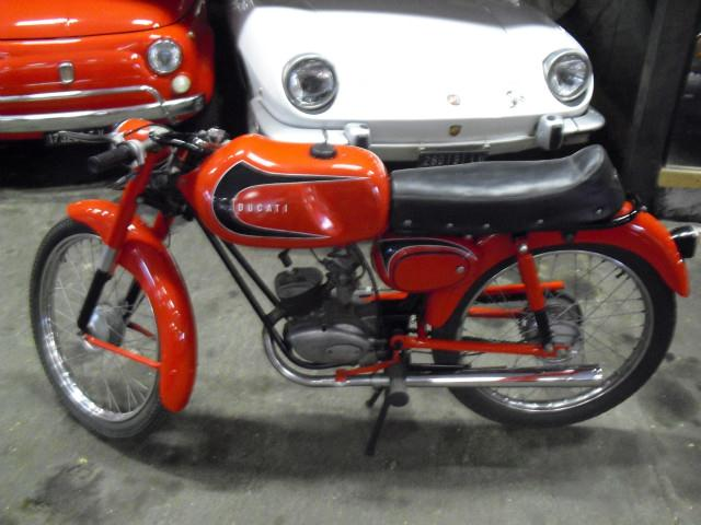 Mis Ducati 48 Sport - Página 5 B9af6