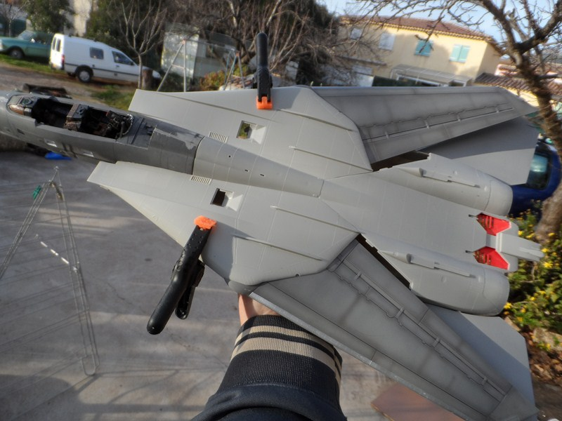 GRUMMAN F14A TOMCAT Tamiya 1/32è - Page 3 E0lxdy