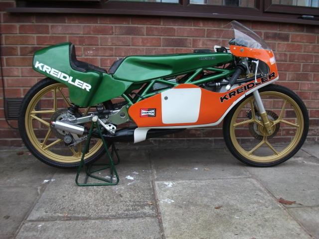 Amoticos de 50 cc GP Fu5ern