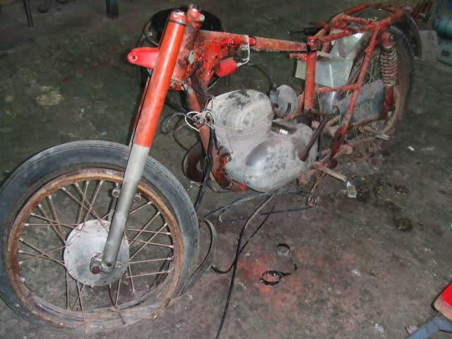 bultaco - Bultaco Junior 74 * Manapuch Rgyqlu