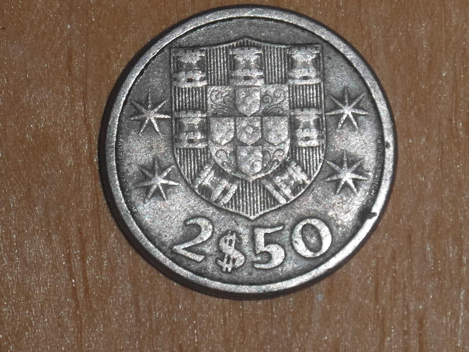 2$50 Escudos Republica Portuguesa 1963 W0ouj7