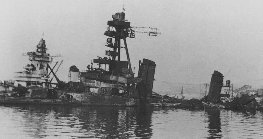 Le sabordage de la Flotte à Toulon (83) 27/11/1942 23ivtyr