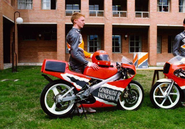 Una ayudita Honda 125 RS 14khzeb