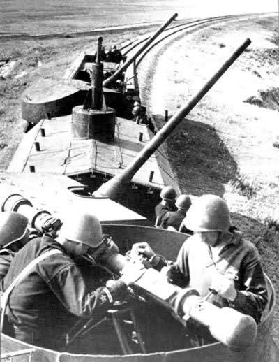Panzerzug !!!! - Page 2 15801fb