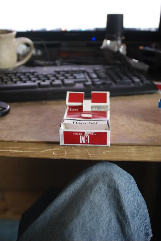 [INFO] Faire son support à partir d'un paquet de cigarettes. 15k968
