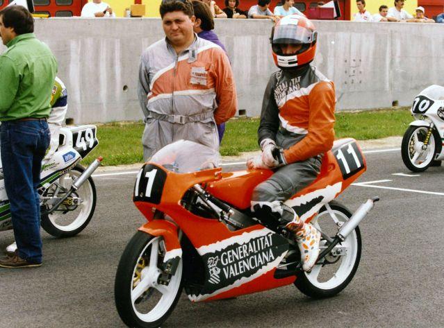 Una ayudita Honda 125 RS 23hrs50