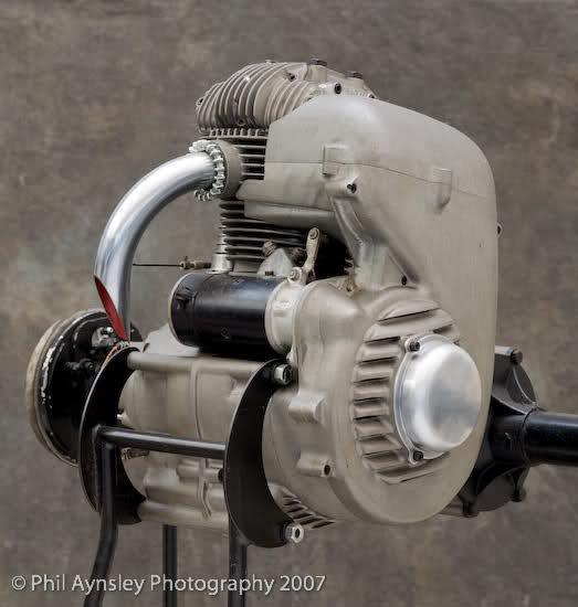 Que cantidad de ciclomotores Ducati juntos 2csi734