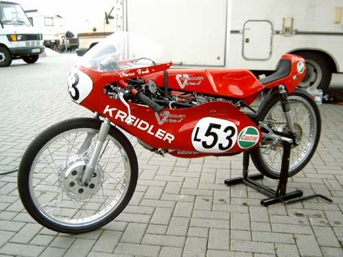 Amoticos de 50 cc GP 2n8djiu