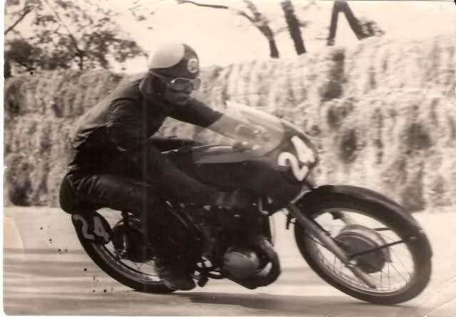 Fotos y biografía de César Gracia 2qnaa8i