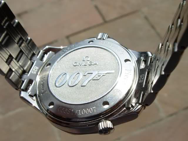 Attention : Omega VS Rolex ! (comparatif Submariner - Seamaster 30 Atm) 2vt88pt