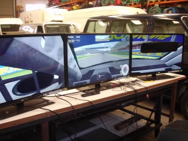 Simulador coches de carrera Made in Valencia 2w34wes