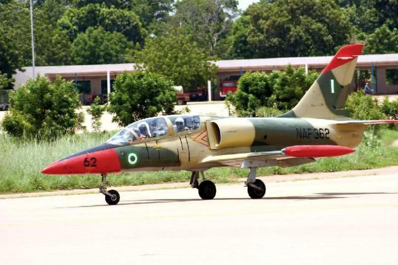 Armée Nigériane / Nigerian Armed Forces 31317gg