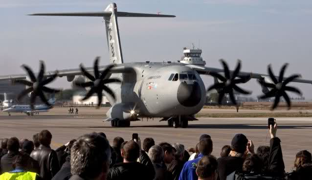 Airbus A400M - Page 3 33bzae0