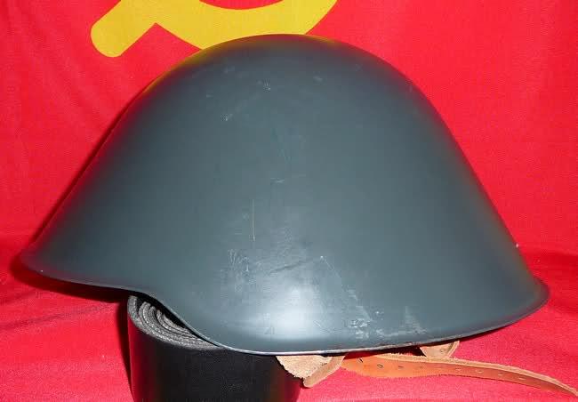 Le casque mle56 de la NVA [RDA] 348hs05