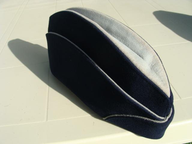 Les bonnets de police - Page 3 359dbic