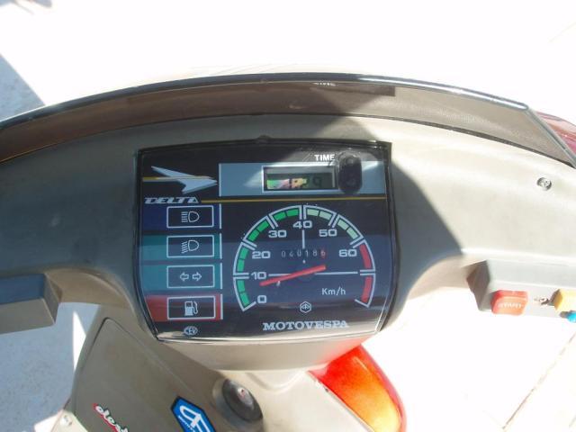 VESPINO - Moto Vespa Delta (el Vespino ilógico) Jjph5l