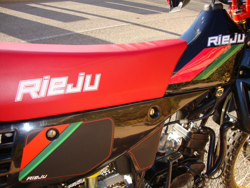 Presentación: Le llega el turno a mi Rieju RV50 Negra (4ª serie) - 1987  Jv6dlc